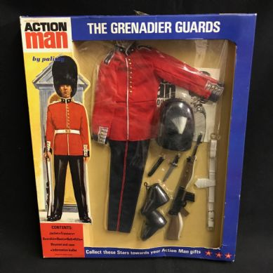 ACTION MAN - GRENADIER GUARD Uniform - CARDED